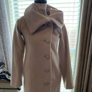 BB Dakota double breasted coat